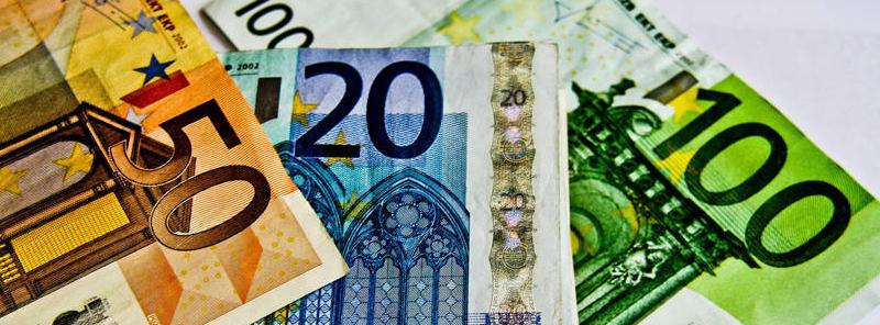 Condamnat la un an de închisoare pentru că a furat 1000 de euro