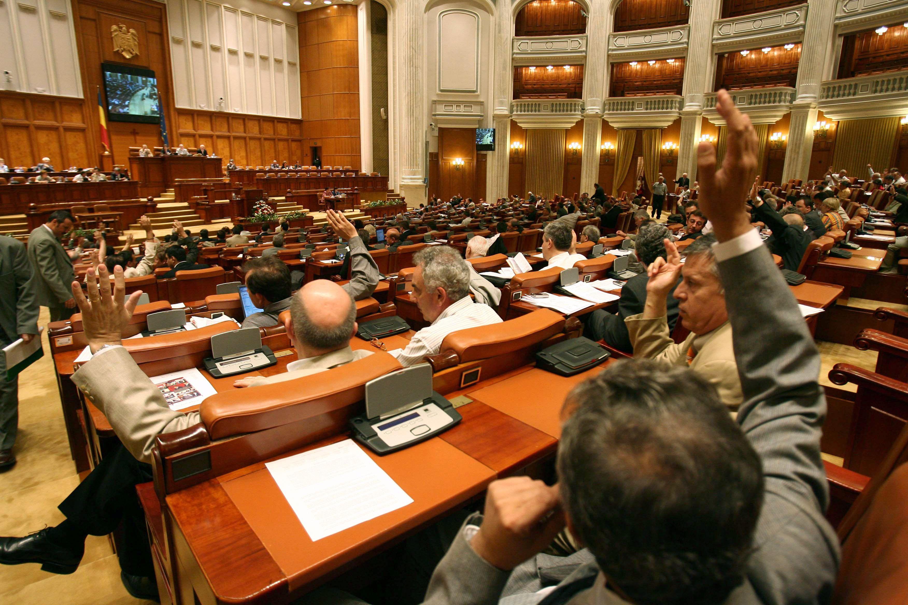 Camera Deputaţilor a respins introducerea votului prin corespondenţă
