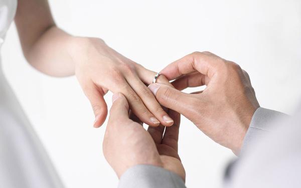 Oficierea căsătoriei în cadrul misiunilor consulare românești din Regatul Spaniei