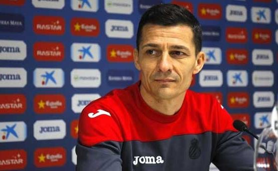 Spania: Echipa antrenată de Constantin Gâlcă, amendată din cauza unui banner