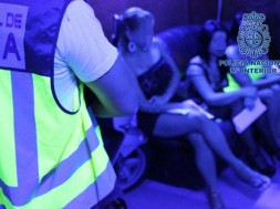 românce obligate să se prostitueze