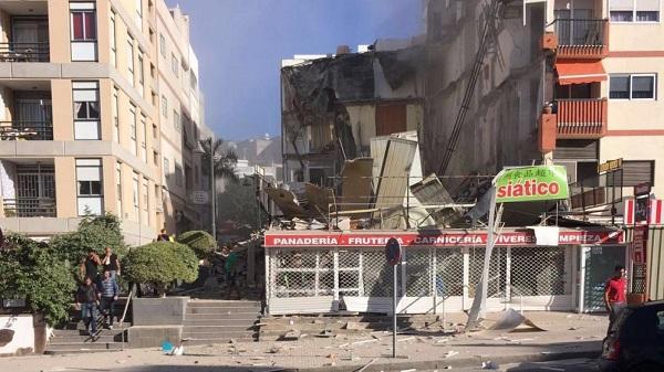 Explozie în Tenerife! Un bloc cu apartamente s-a prăbușit
