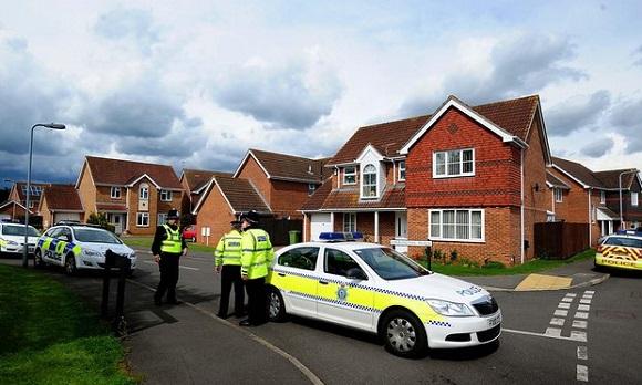 Marea Britanie: Trei persoane, inclusiv presupusul atacator, au murit într-un incident armat