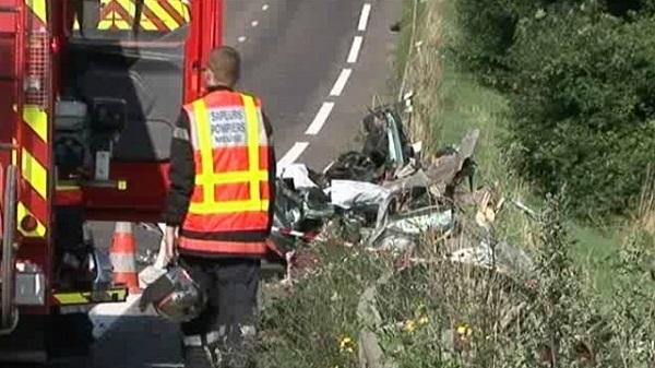 Tragedie pe o șosea din Franța. O familie de români spulberată de un camion