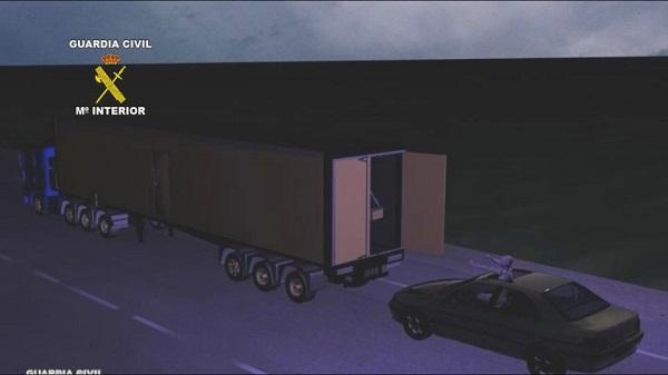 Jefuiau camioane în trafic. Șapte români arestați, în Spania