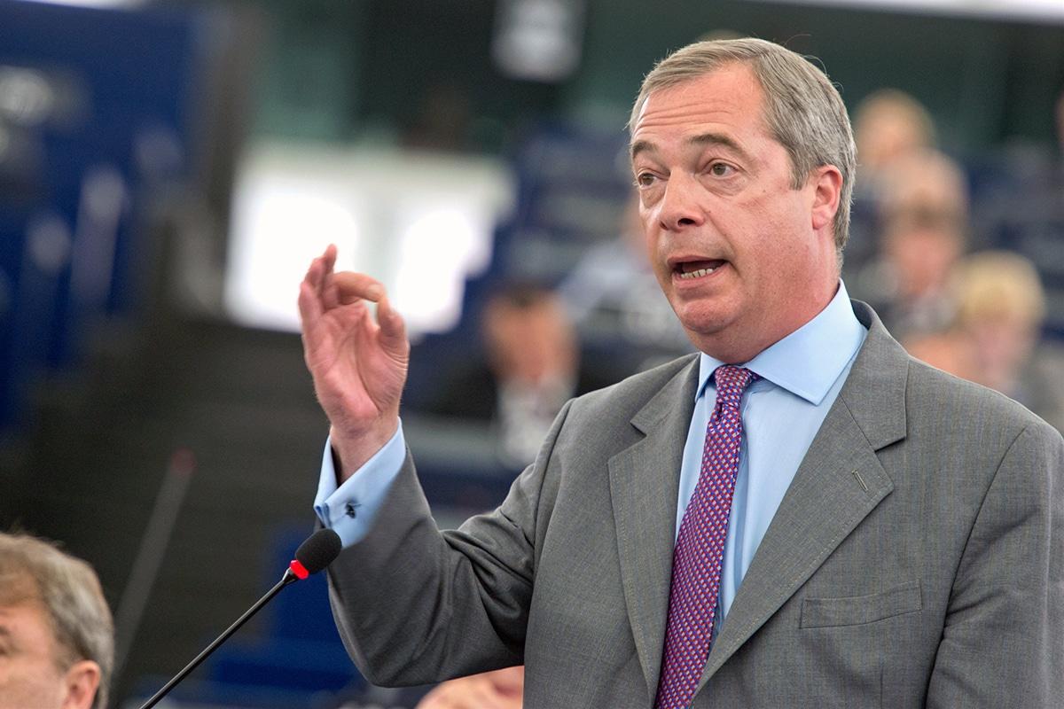 """Europarlamentar român: """"Farage este ceretat pentru corupție. Nu luăm lecții de la o asemenea persoană"""""""