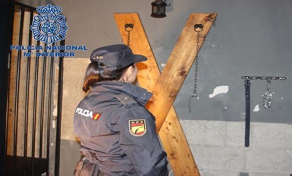 Obligau minore spaniole să se prostitueze. Șapte români arestați