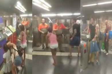 Țigani la metroul din Barcelona