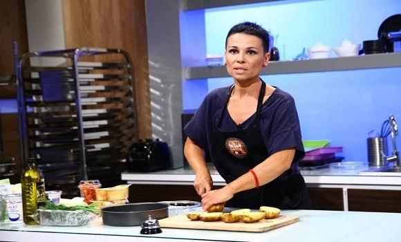 """Româncă din Spania, calificată la """"Chefi la cuţite"""""""