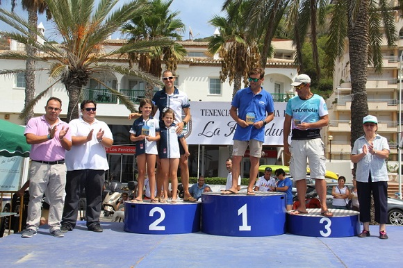 Spania. Un înotător român a traversat Golful Herradura. Un nou record