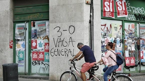 Catalonia paralizată de Greva Generală.  Barcelona, blocată