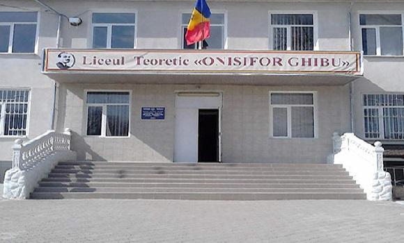 Elevii unui liceu din Oradea vor face practică în Spania și Portugalia. Proiectul este finanțat prin programul Erasmus