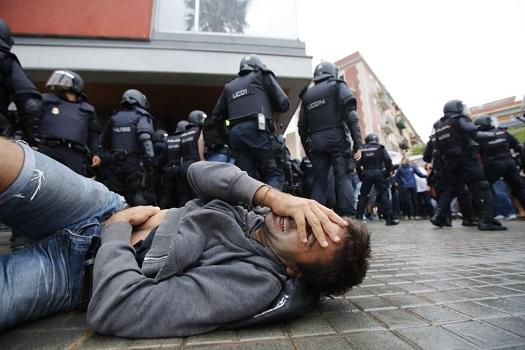 Referendum în Catalonia. Ciocniri între poliție și manifestanți. Peste 300 de răniți dintre care unul în stare foarte gravă