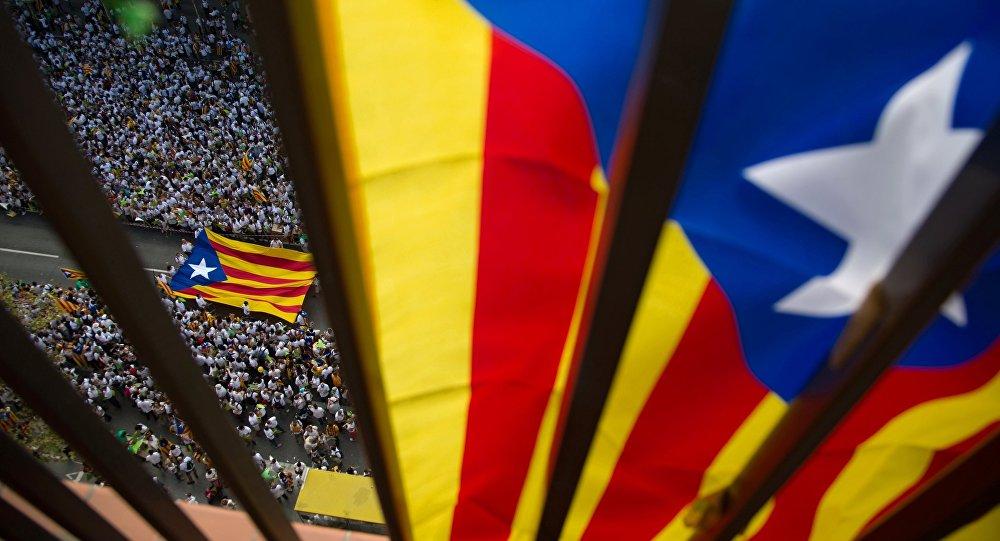 """PNL Catalonia despre evenimentele din zonă: """"Domnule Carles Puigdemont, nu credeți că aceste acțiuni se rasfrâng și asupra românilor?"""""""